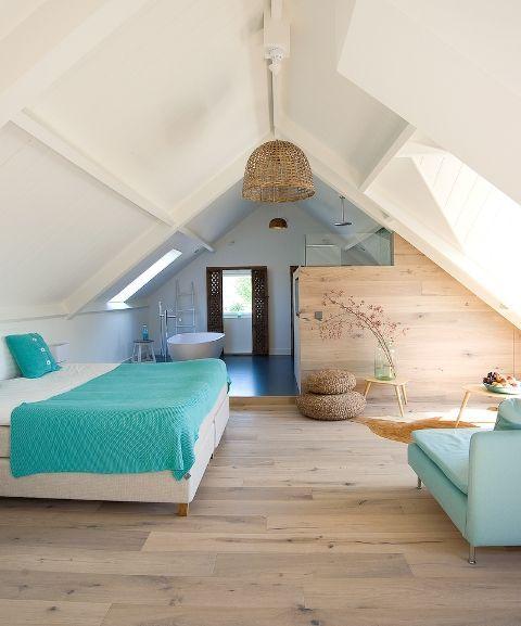 Luxe slaapkamer op zolder