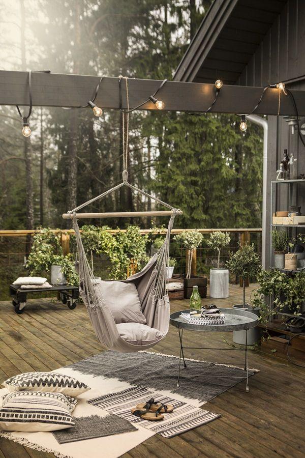 Relaxen in de hangmat op je terras