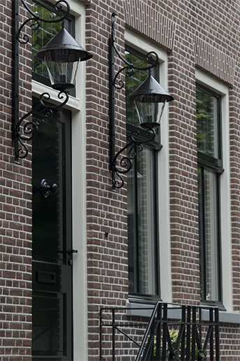 Hoe kozijnen je interieur kunnen veranderen wonen inrichting - Kleur gevel eigentijds huis ...