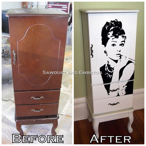 Kast make-over met Audrey Hepburn sticker