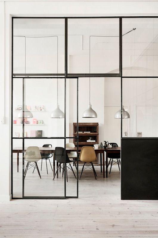 Glazen schuifdeur met grote glasplaten