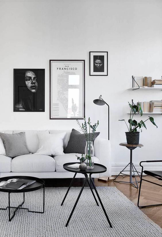 basiskleuren strak en modern interieur