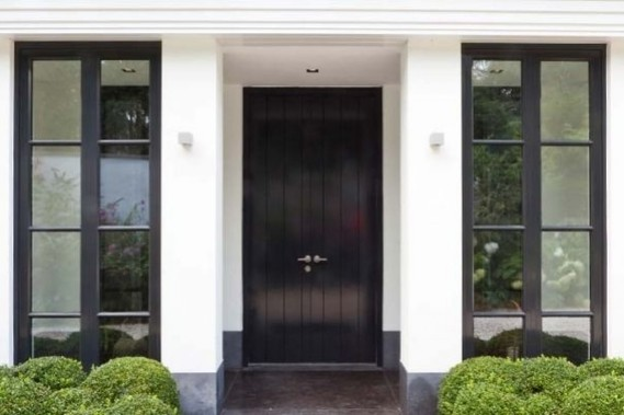 Moderne houten deur: steellook deur houten segmentdeur omnisolutions