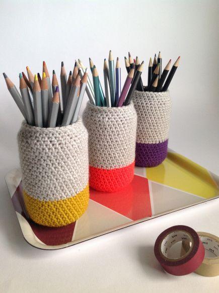 blikken gebruikt als pennenbakjes