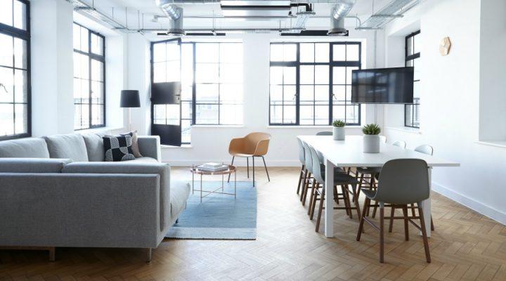 Een nieuwe frisse wind door je woonkamer laten waaien? 3 tips!