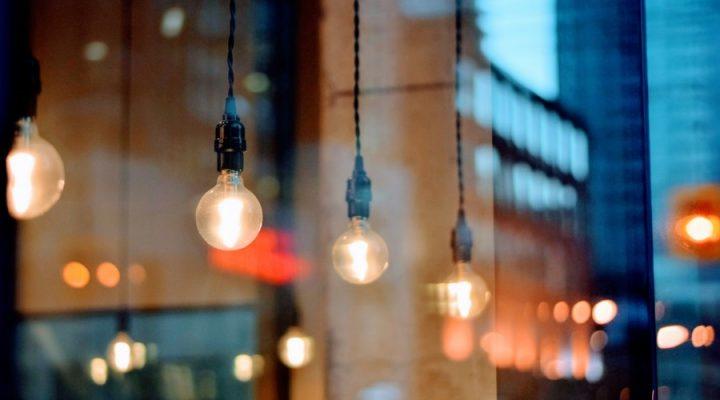 Het uitkiezen van lampen voor in huis; hier dien je op te letten