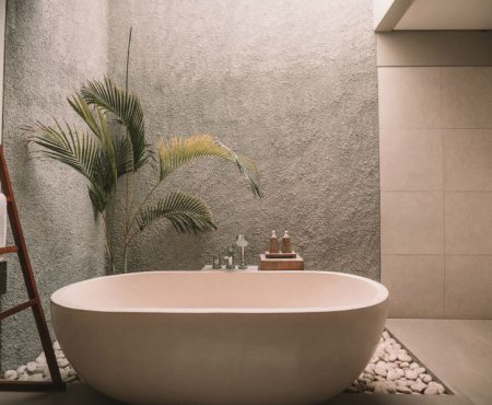 Je badkamer sfeervol inrichten met schilderijen; 3 ideeën