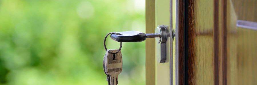 Huis gekocht; 4 zaken die je zelf doet of juist uitbesteedt