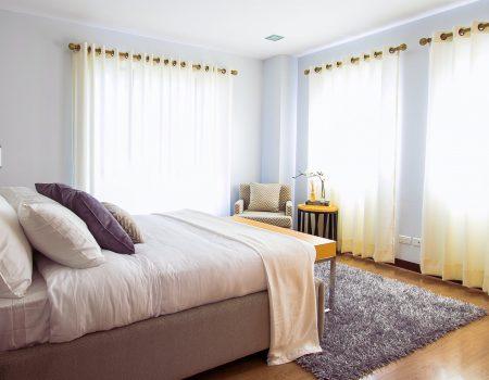 Thuiskomen in je eigen huis met de ideale raamdecoratie